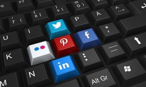 Positive effects of social media marketing in business